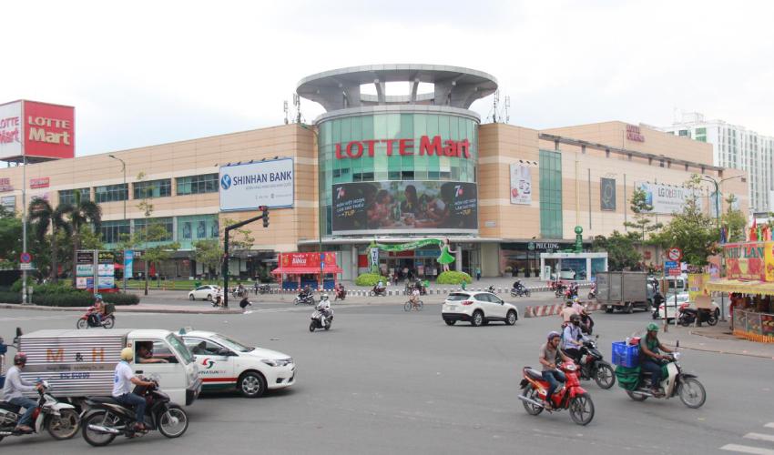 Lotte Mart Da Nang - shopping in da nang