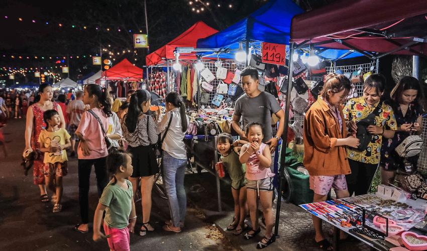 Thanh Khe Tay Night Market