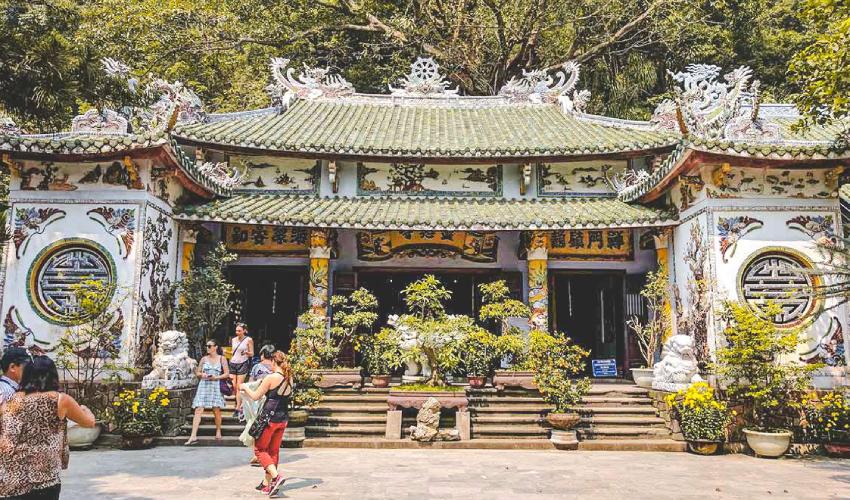 linh ung pagoda in ngu hanh son mountain