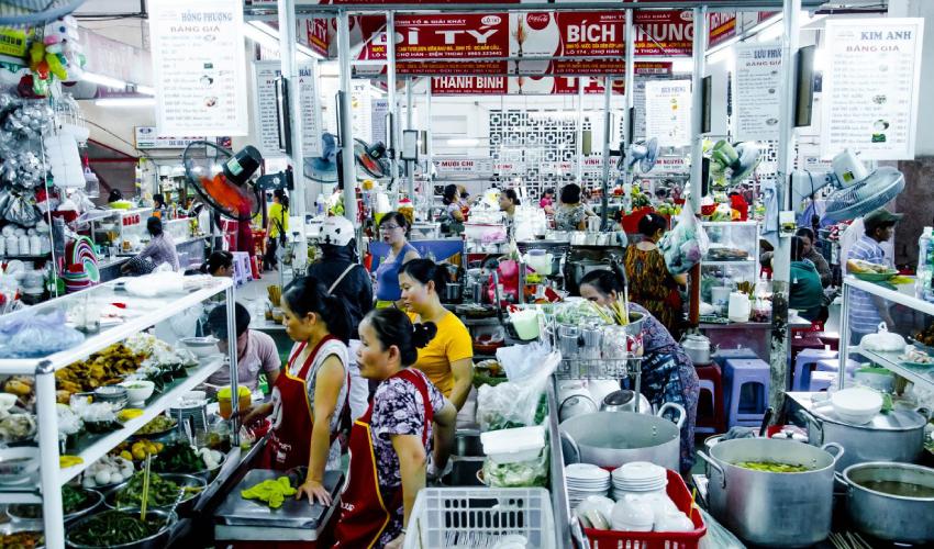 con market - eat in Da Nang