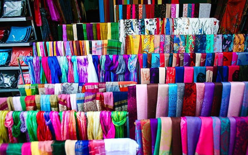 silk-hanoi - What to buy in Hanoi Vietnam