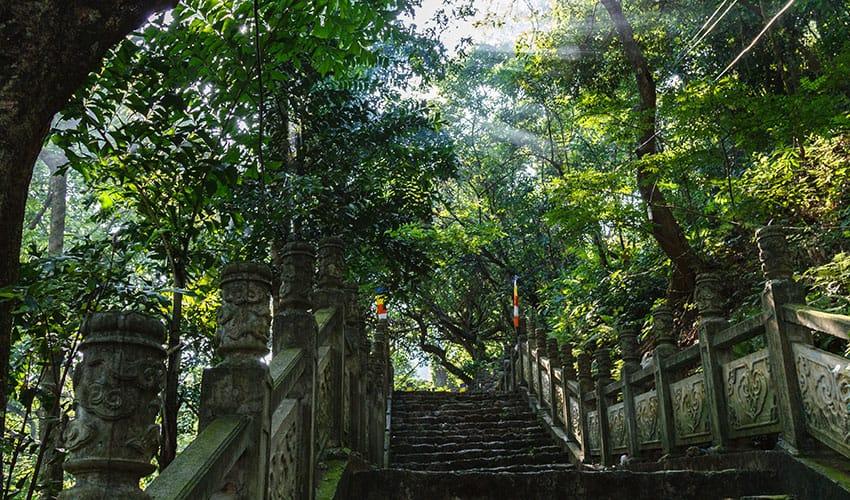 Stone-stairs-at-Huong-Pagoda
