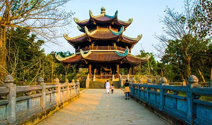 temple tower bai dinh