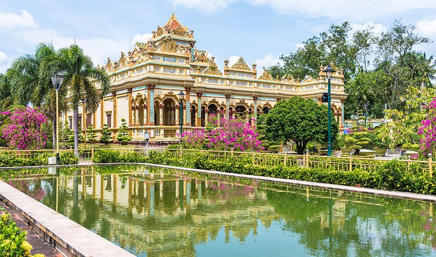 Vinh Trang Pagoda in My Tho