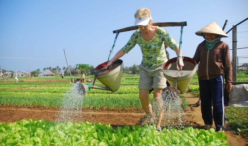 Be a farmer in vegetable village hoi an