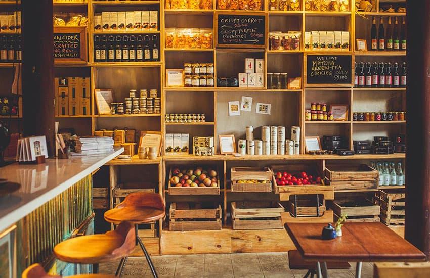 shop in Hoi An Vietnam