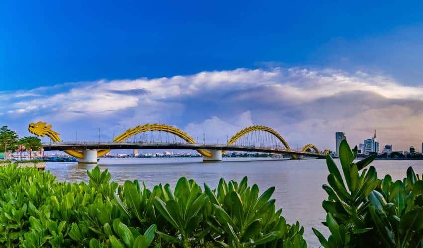 dragon bridge - what to see in da nang