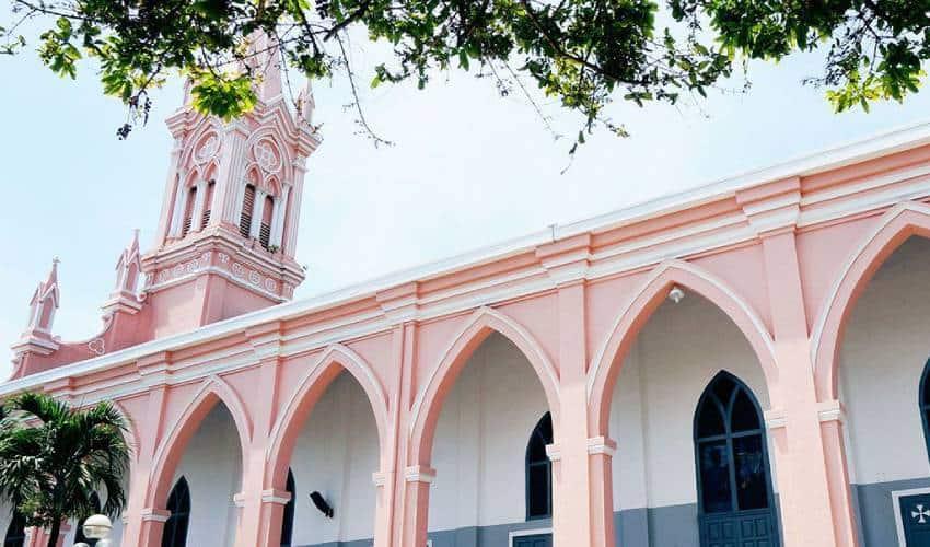 Da Nang Cathedral - what to see in da nang