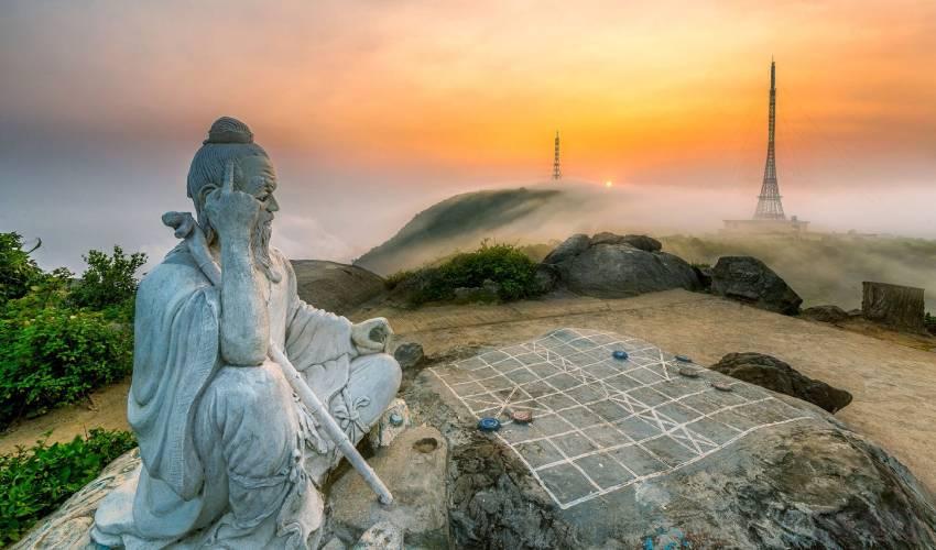 ban co peak - Son Tra Mountain