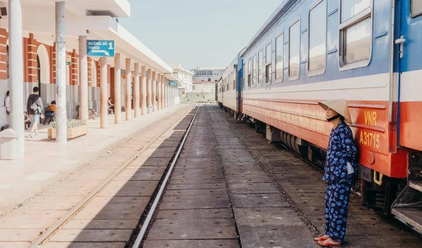 Hoi an to Da Nang Train Station