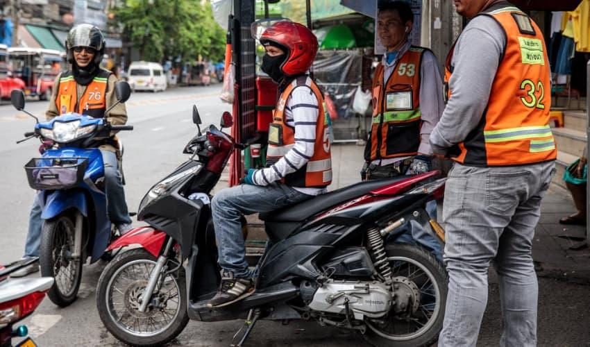 Motor bike taxis - hoi an taxi service - Hoi an To Da Nang Airport