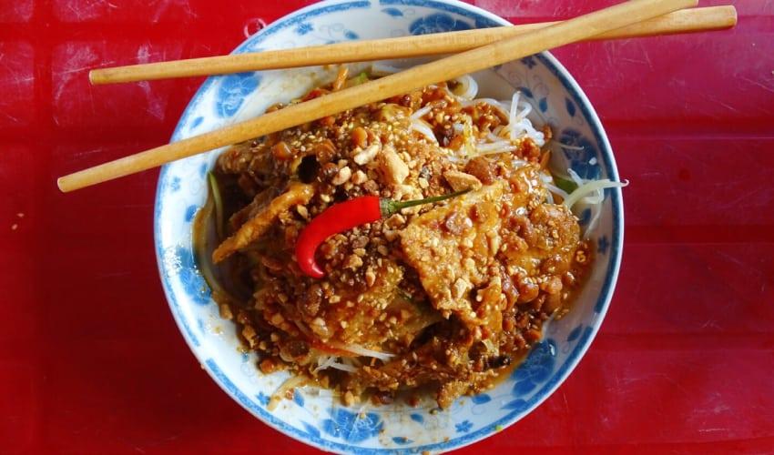 Take a food tour - Hoi An Nightlife