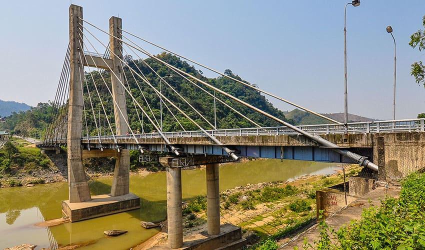 Dakrong-Bridge Hue to DMZ private car