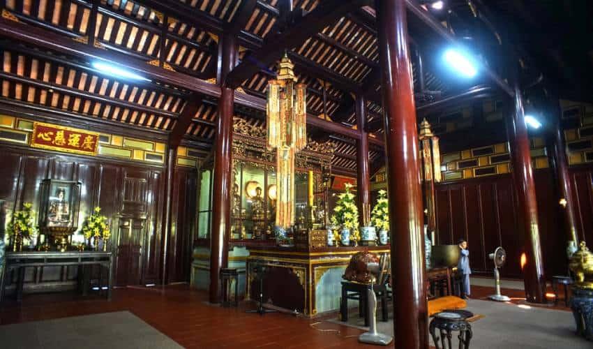 Dai Hung Shrine