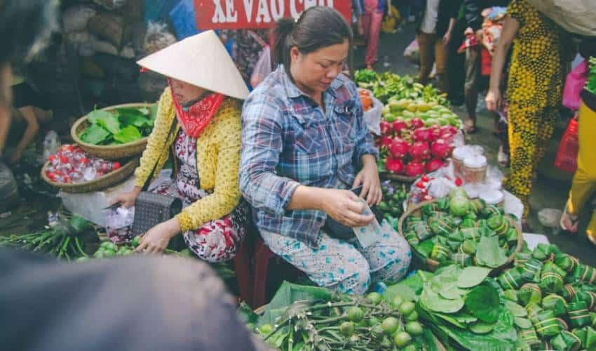 Popular Items Inside Dong Ba Market