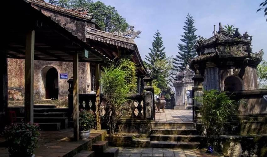 hon chen temple hue