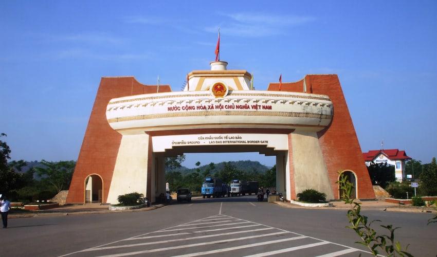lao bao border